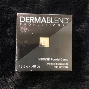 Dermablend INTENSE PowderCamo foundation Bronze